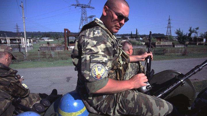 Госдеп сливает Порошенко: В США поддержали идею России о вводе миротворцев в Донбасс