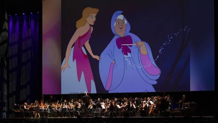 Золушку превратят в икону бодипозитива? Disney поставит детские сказки на службу современным трендам