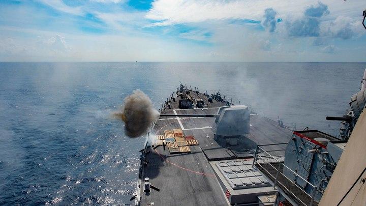 Крымский таран корабля ВМС США попал на видео: Русские выполнили угрозу
