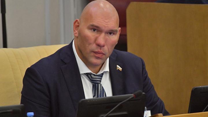 Николай Валуев поддержал защитников челябинского бора