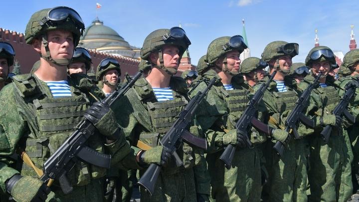 Ветеран Альфы объяснил запрет гаджетов для военных интересом к ним западных спецслужб