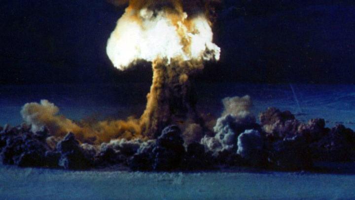 Ситуация дошла до предела: Эксперт напомнил о ядерной начинке индийско-пакистанского конфликта
