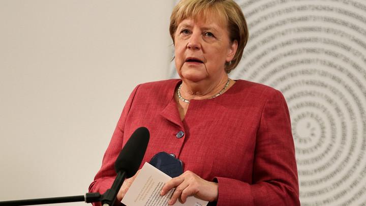 Северный поток - 2 - не оружие: Меркель вновь заговорила о санкциях