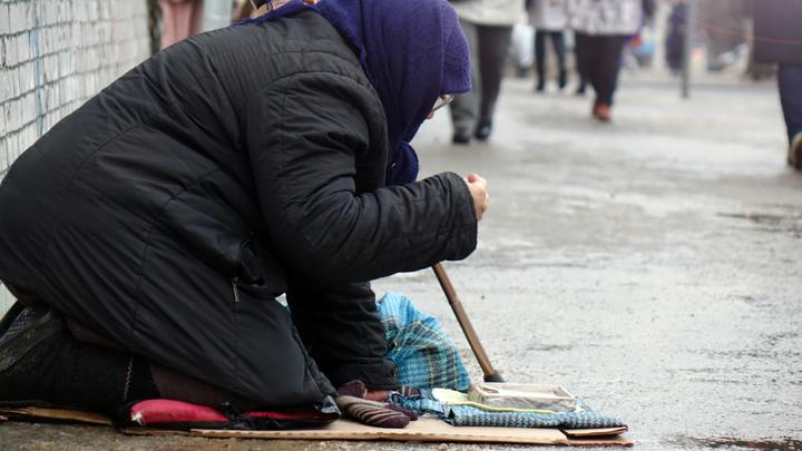 Беднеющее население России почему-то не спешит благодарить олигархов