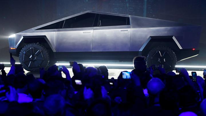 Илон Маск представил электропикап Cybertruck. Почему над ним все смеются?