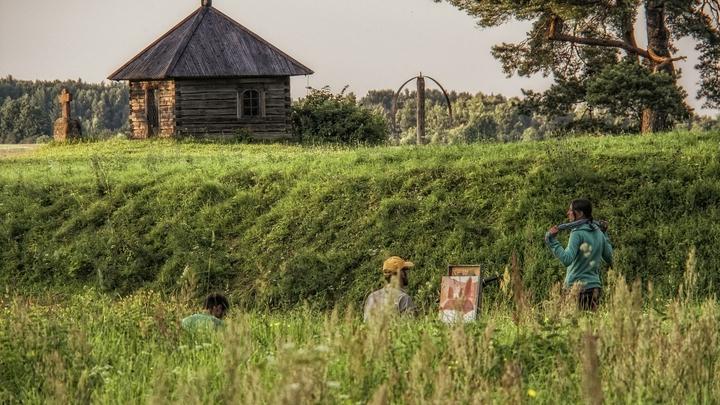 Была единственной в регионе: В Тверской области обрушилась уникальная деревянная церковь 1914 года