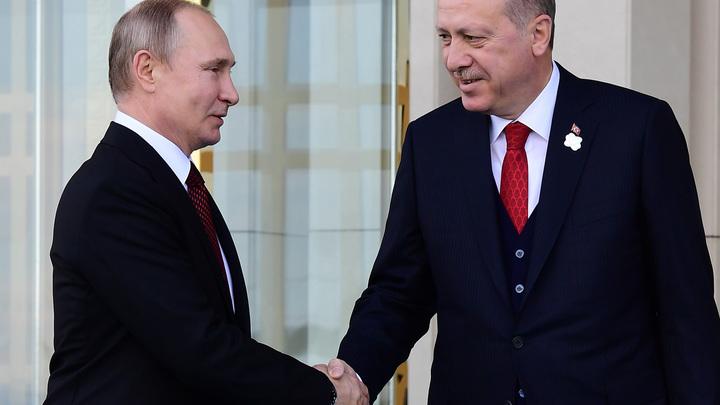 Хочу как Путин: Эрдоган одолжил у президента России девушку ради красивого фото - видео