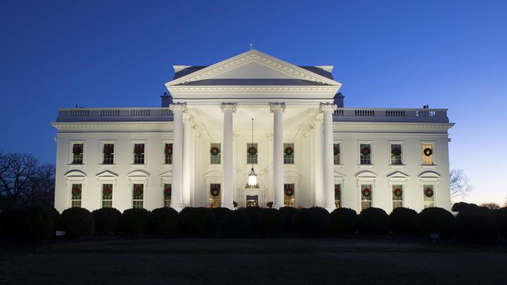 На кортеж у Белого Дома напал неизвестный - видео