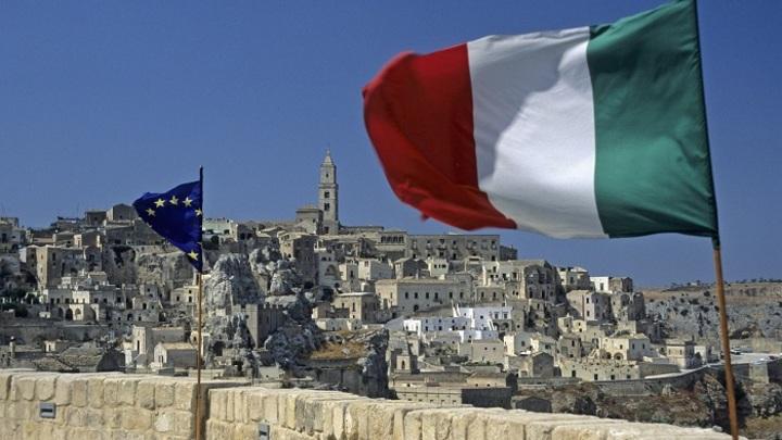 Путин с удовлетворением принял приглашение приехать в Италию – посол