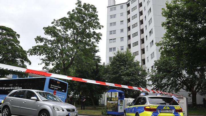 Автомобилист протаранил группу подростков на юге Лондона