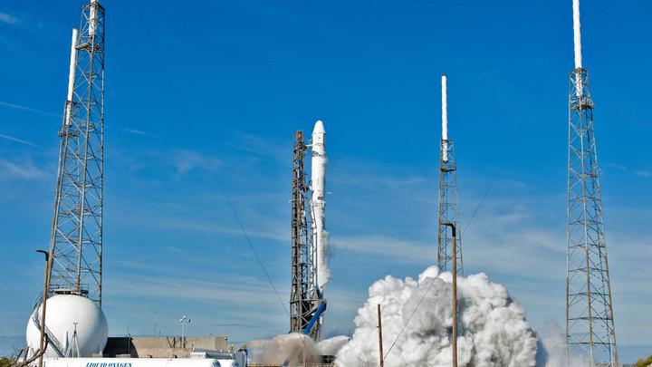 Плохой день для Илона Маска: Старт Falcon-9 отменили в последний момент