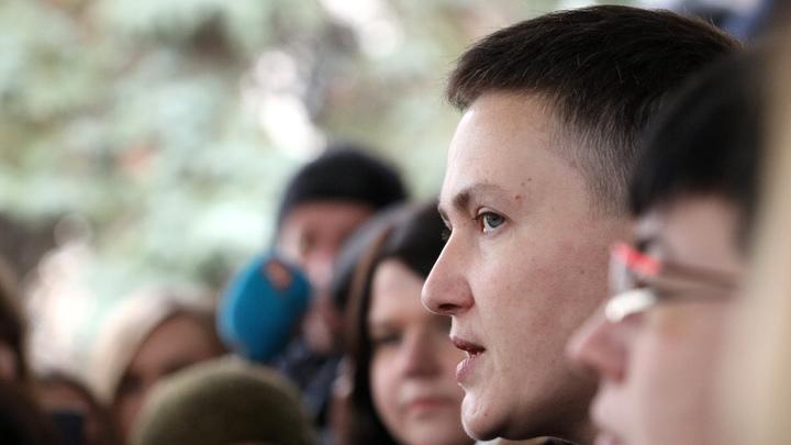 В этот раз не удалось: Савченко с сумкой гранат и пистолетом вывели из зала Верховной рады