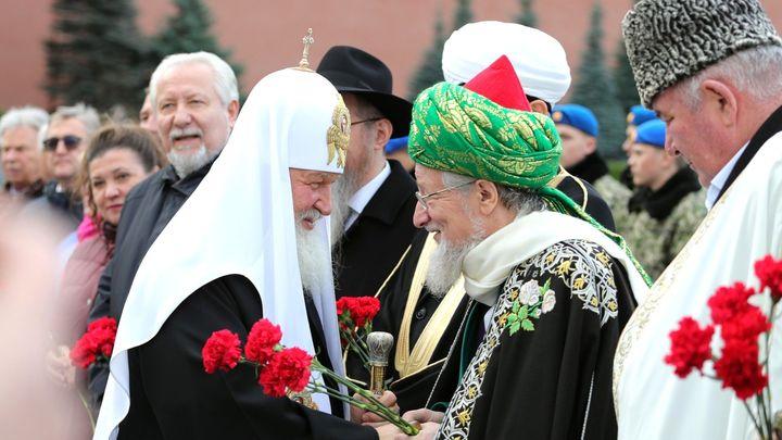В душе у всех вера есть: Верховный муфтий России о единодушии в вопросе упоминания Бога в Конституции