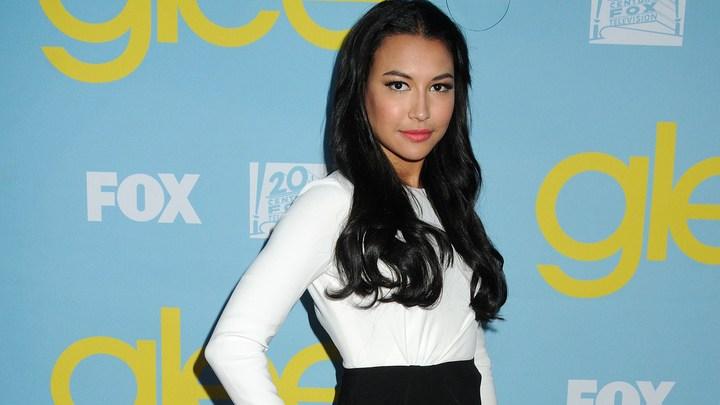 Актёров сериала Glee преследует злой рок? Найдено тело Наи Риверы