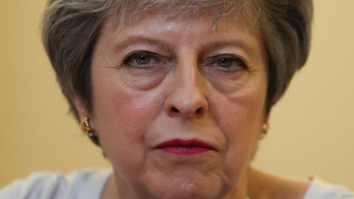 Личный Brexit Мэй: Премьер Британии покинула саммит лидеров ЕС