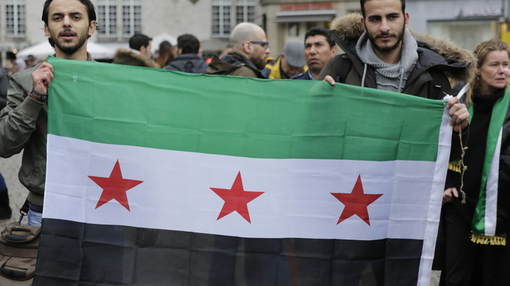 Сирийские партизаны атаковали позиции США под Раккой