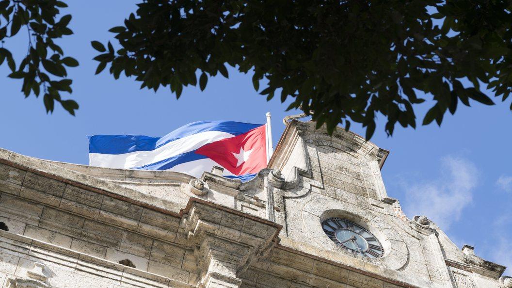 Потусторонние голоса с Кубы добрались и до канадских дипломатов