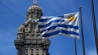 Уругвай вступился за российских дипломатов, остудив пыл США
