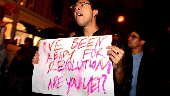 Майдан в США: Трамп не боится розовой революции