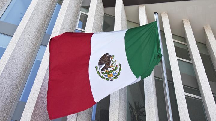 Вооруженная банда похитила избранного депутата парламента Мексики