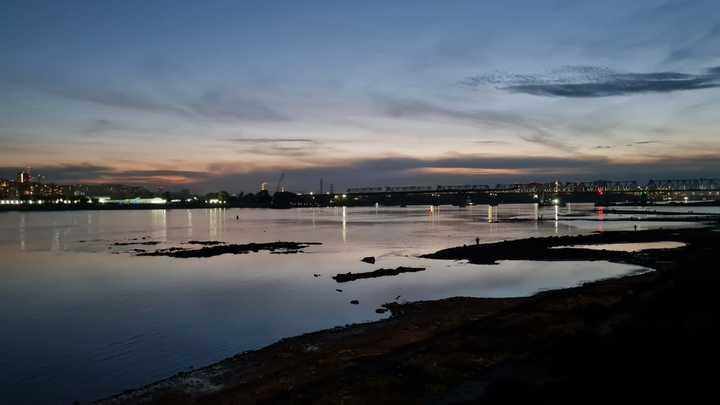 Новосибирская ГЭС снизила расход воды из-за резкого обмеления Оби