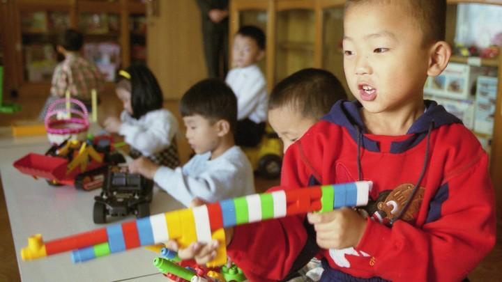 Россия направила гуманитарную помощь тысячам детей и женщин в КНДР
