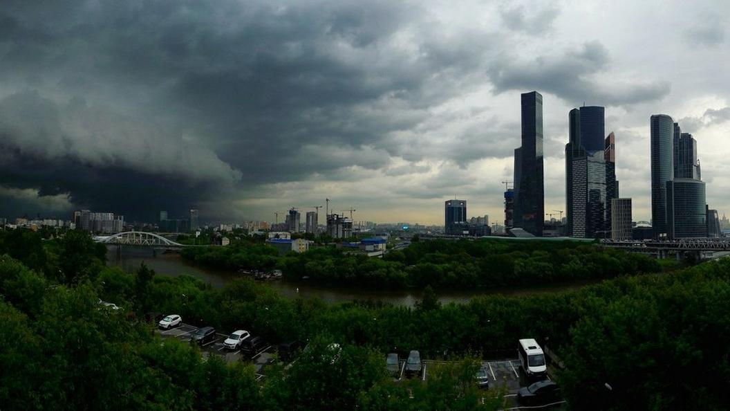Синоптики объявили желтый уровень опасности в Москве 16 июля