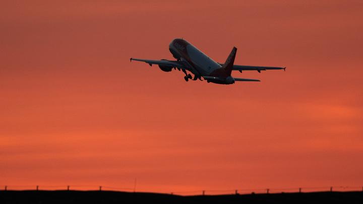 Очевидцы показали кадры первых минут после крушения пакистанского самолёта