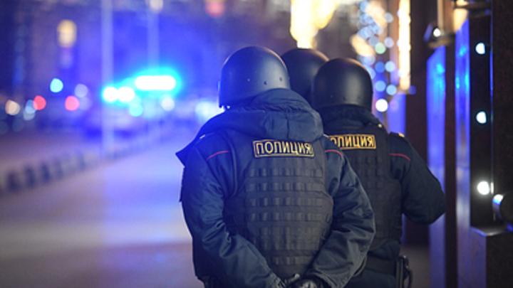 Разбудили до смерти: В Иркутске пассажир такси умер после встречи с полицейскими