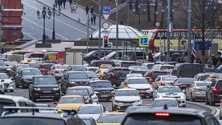 Автостраховка в России станет дороже: ЦБ разрешит поднять тарифы ОСАГО