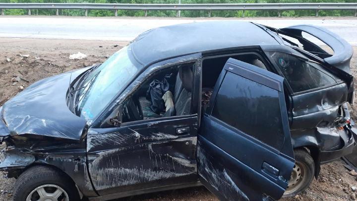 Под Читой водитель Лады перевернулся и покалечил пассажира