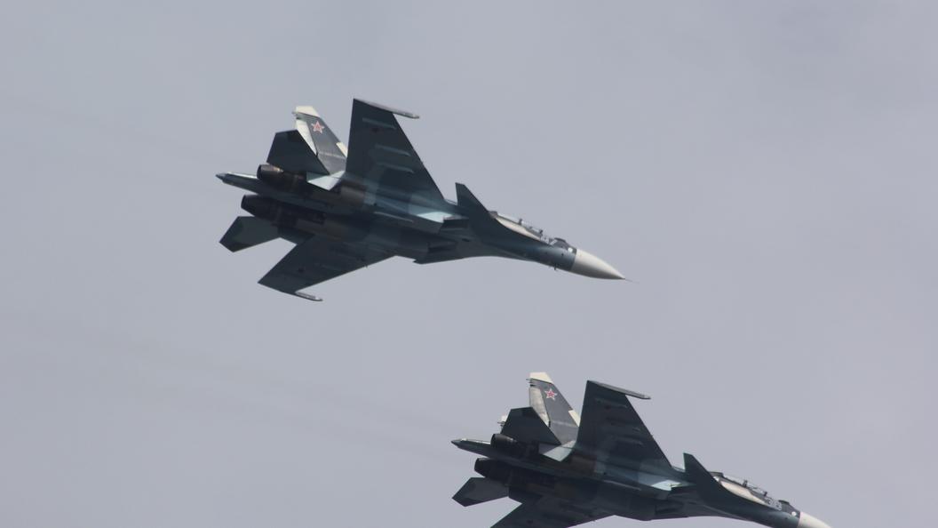 Бомбардировщики Ту-22М3 мощно ударили пообъектамИГ вСирии