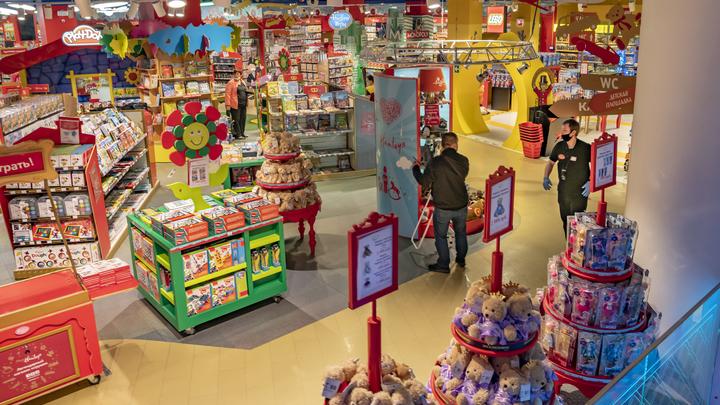 Во Владимирской области запретили пребывание детей до 16 лет в торговых центрах