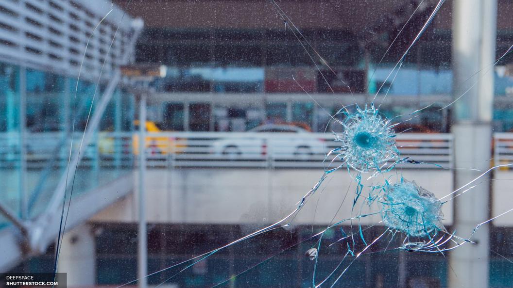Полиция провела обыски и назвала имя исполнителя теракта в Париже