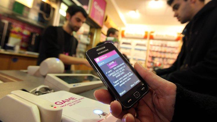 Купленный телефон внезапно блокируется: Раскрыта новая схема мошенников
