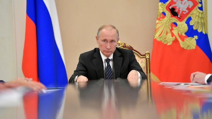 Кремль: Путин знает о ситуации с эвакуациями по вине телефонных хулиганов