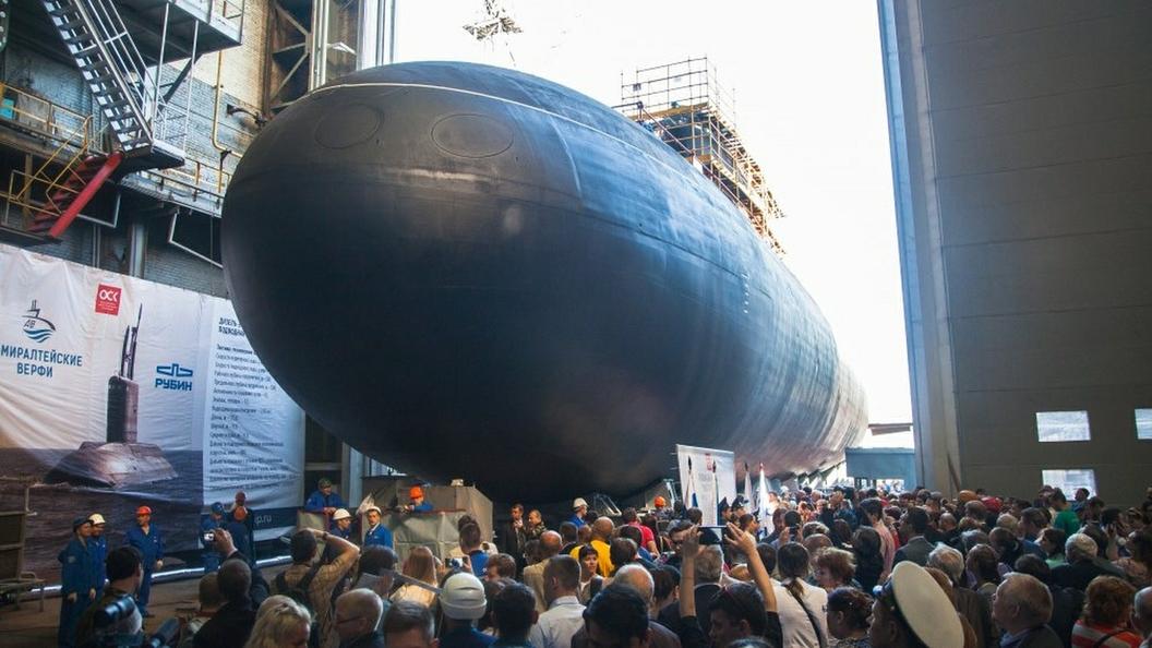 Новейший, уникальный, превосходный: Заложенный Путиным ракетоносец Князь Владимир спустили на воду
