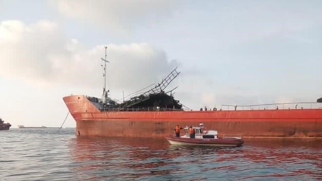 По факту взрыва на танкера «Генерал Ази Асланов» возбуждено уголовное дело