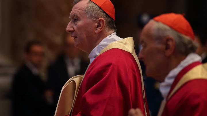 Госсекретарь Ватикана хочет встретиться с Путиным