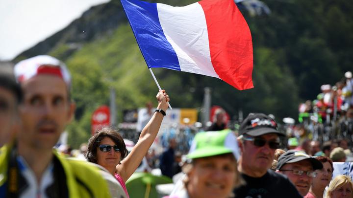 Париж призвал арабскую коалицию снять блокаду с Катара