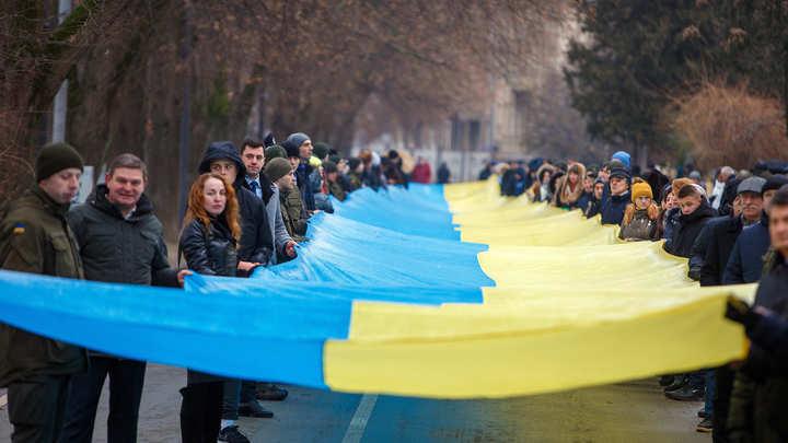 Давай в Украину, Саша. Александр Долгополов покинул Россию после флешмоба поклонников