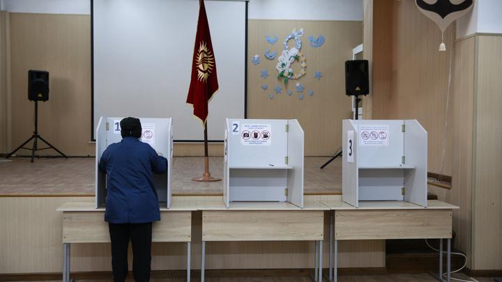 ЦИК Киргизии примкнула к митингующим? В комиссии озвучили позицию по итогам выборов в парламент