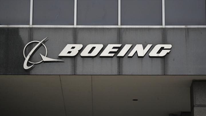 Boeing уникальным пассажирским самолётом попытался отвлечь от катастрофы в Эфиопии - фото