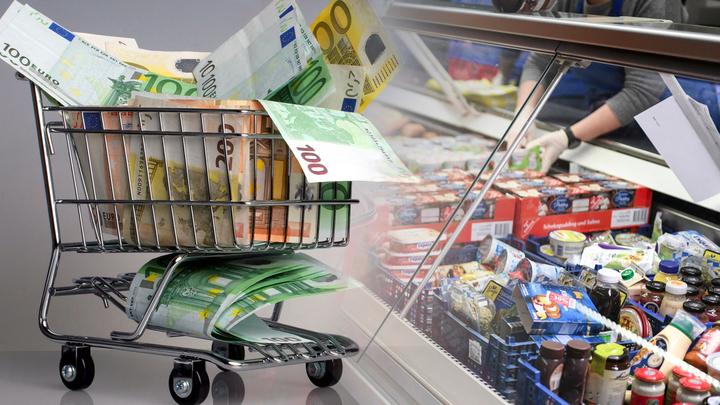 Еда, водка и культура: На что русские тратят деньги
