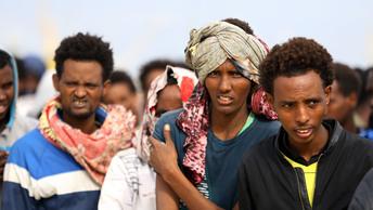 В результате атаки боевиков в аэропорту Ливии погибло 20 человек