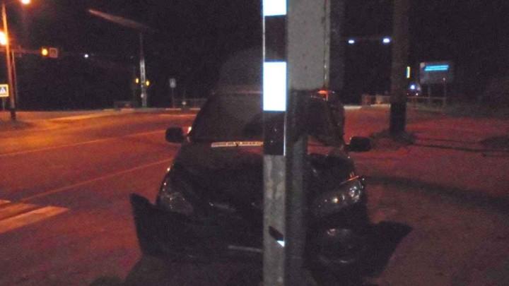 В Ивановской области девушка без прав врезалась в светофор