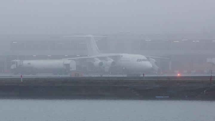 Проверяйте расписание перед вылетом: Десятки рейсов задержаны в Москве