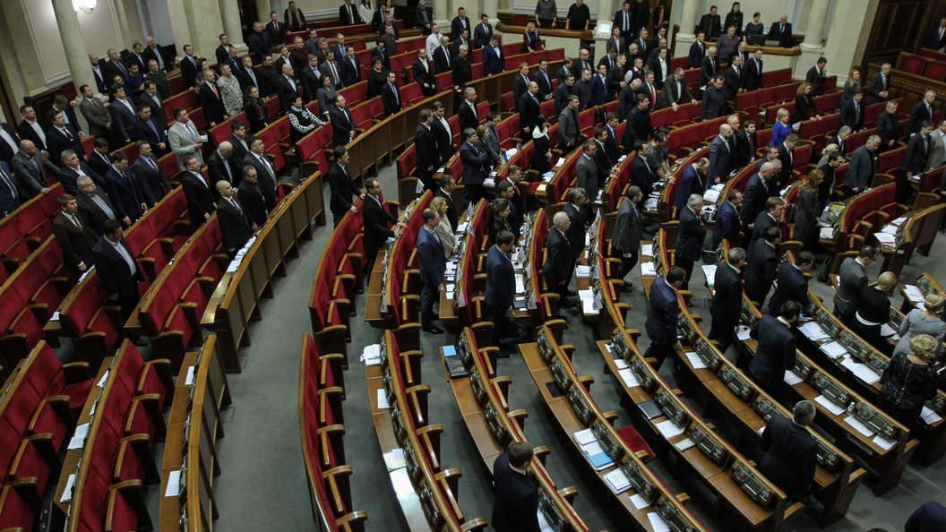 Украинская Рада зависла в ожидании сигнала от НАТО