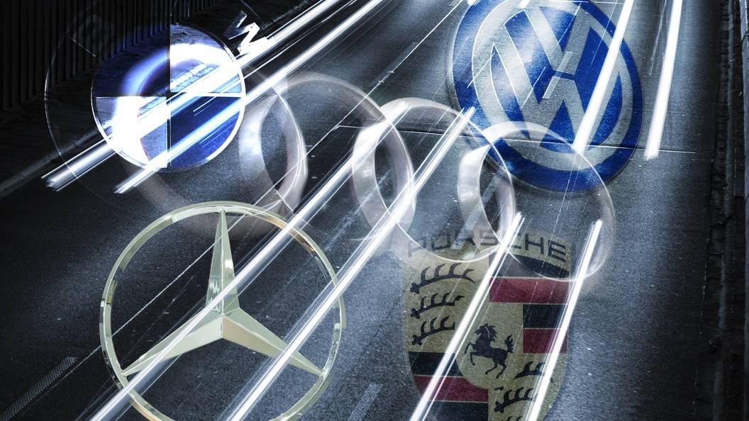 Столичные сервисы каршеринга стали закупать Mercedes и БМВ для состоятельных клиентов