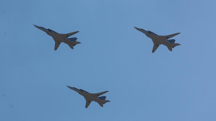 Летчики ВВС США ради забавы крутили бочки вокруг советских Ту-95